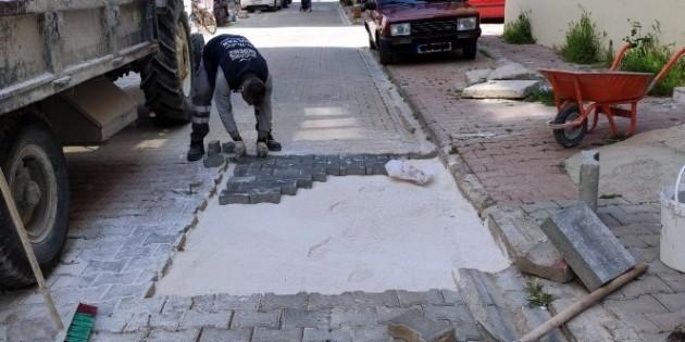 Akdeniz'de Fen İşleri ekiplerinin çalışmaları aralıksız devam ediyor