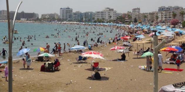 Korona unutuldu plajlarda adım atacak yer kalmadı