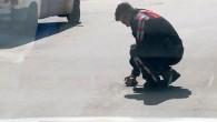 Polis memurunun kaplumbağa duyarlılığı