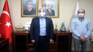 """Akdeniz Belediyesinden """"3 boyutlu yüz siperliği"""" üretimine destek"""