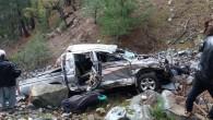 Mersin'de kamyonet uçuruma yuvarlandı: 3 ölü