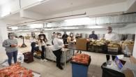 Mezitli Belediyesi çalışanlarından gönüllü seferberlik