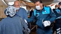 Büyükşehir Belediyesi, ücretsiz maske dağıtıyor