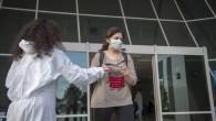 Büyükşehir, sağlık çalışanları için ürettiği siperliklerin dağıtımına başladı