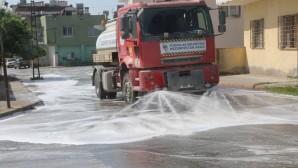 Toroslar Belediyesinin dezenfekte çalışmaları sürüyor