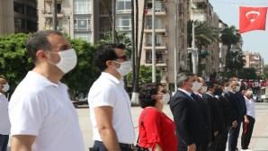 Mersin'de maskeli 19 Mayıs töreni