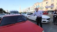 Başkan Tarhan, trafik ışıklarında maske dağıttı