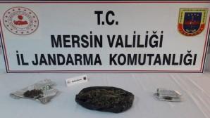 Tarsus'ta 250 gram esrar ele geçirildi