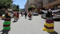 Bu mahalle bayramı bayram tadında kutladı