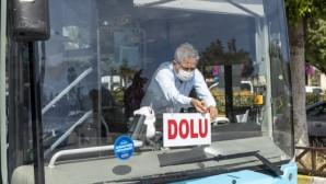 Büyükşehir otobüslerinde sosyal mesafe kurallarına uyuluyor