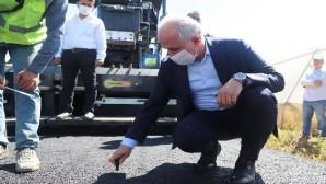 Başkan Gültak, asfalt çalışmalarını denetledi