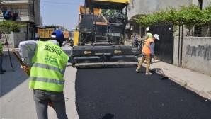 Akdeniz'de asfalt çalışmaları sürüyor