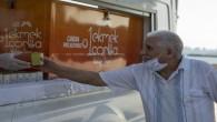 65 yaş ve üzeri vatandaşlar limonatayla serinledi
