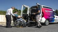 Engelli gençler YKS'ye belediye ekiplerince götürüldü