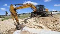 Erdemli'de çiftçilerin yolu onarıldı