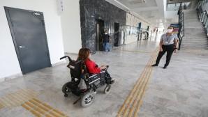 Mezitli'ye engelsiz belediye binası