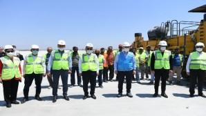 """Bakan Karaismailoğlu: """"İki yıl bitmeden Çukurova Havalimanına ilk uçak inecek"""""""