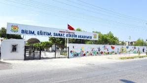Tarsus'ta 'Bilim Yuvası' açılıyor