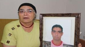 """15 yıldır gözyaşı dinmeyen annenin feryadı: """"Oğlum yaşıyor, bulup bana getirsinler"""""""
