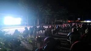 Erdemli'de açık hava sineması