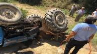 Traktörün altında kalan sürücü hayatını kaybetti