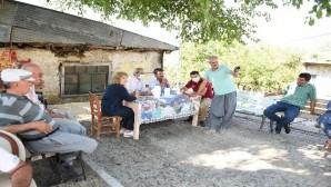 Başkan Bozdoğan bir günde 16 mahalleyi ziyaret etti
