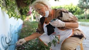 Gönüllüler, Örgülü Sokağı güzelleştirmek için kolları sıvadı