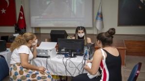 Büyükşehir Belediyesi, üniversite adaylarına tercihte danışmanlık desteği veriyor
