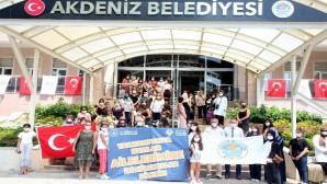 Akdeniz Belediyesi gönüllere dokunuyor
