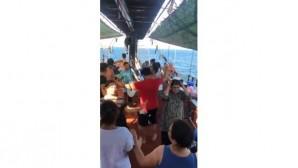 Mersin'de korona önlemlerine uymayan tur tepki çekti