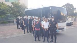 Mersin'de göçmen kaçakçısı 7 kişi tutuklandı