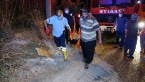 Depodaki sandıklar yandı, dumandan etkilenen 1 kişi hastaneye kaldırıldı