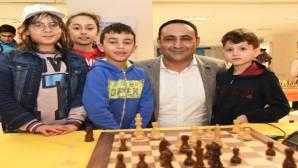 Toroslar Belediyesi, Atatürk'ü Anma Satranç Turnuvası düzenliyor