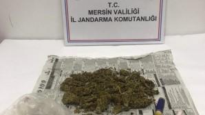 Silifke'de uyuşturucu satan 2 kişi yakalandı