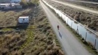 Çocuk drone'dan korkup kaçtı
