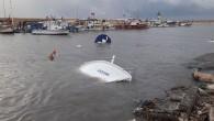 Erdemli'de fırtına balıkçı teknelerini batırdı