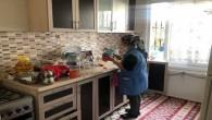 Akdeniz Belediyesinin evde bakım ve temizlik hizmeti aralıksız sürüyor