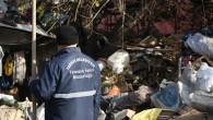 İnanması zor ama bir evden 15 kamyon çöp çıktı