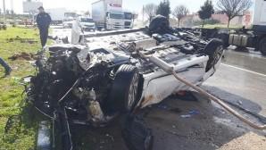 Takla atan aracın sürücüsü yaralandı