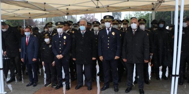 Polis Haftası, Mersin'de yağmur altında sade bir törenle kutlandı