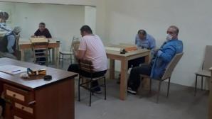 Tarsus'ta kumar baskını