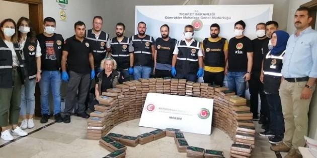 Mersin'de bu defa 463 kilo kokain ele geçirildi