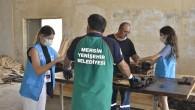 Belediye çalışanlarından 'mavi kurdele' kampanyasına destek