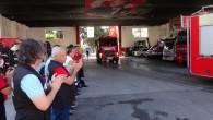 Yangın bölgesinden dönen ekipler alkışlarla karşılandı