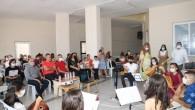 Karacailyas Kültür ve Sanat Evi kursiyerleri hünerlerini sergiledi