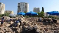 Aratos'un anıt mezarı ağır bir soygun geçirmiş