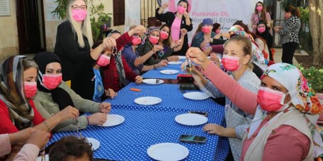 Akdeniz Belediyesinden meme kanseri farkındalık etkinliği